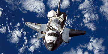 Space_Shuttle_Discovery-1024x727 copy.png